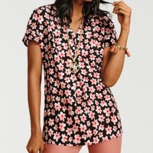 Cabi harmony floral pleated blouse size Large